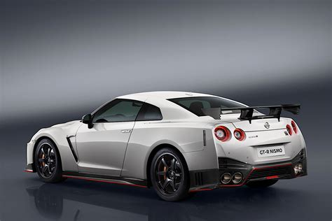 Nissan Unveils 2017 GT-R Nismo At Nurburgring, Comes With