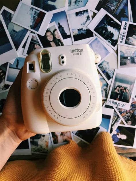 7 Best Polaroid Cameras for Travel: What Makes a Travel