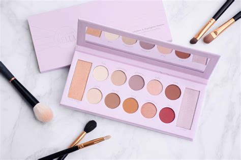 [Review] Mrs Bella x BH Cosmetics - 12 Color Eyeshadow